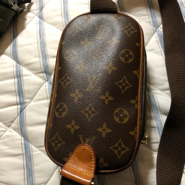 LOUIS VUITTON(ルイヴィトン)のルイヴィトン ガンジュ モノグラム レディースのバッグ(ボディバッグ/ウエストポーチ)の商品写真