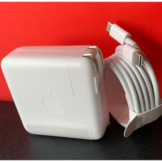 マック(Mac (Apple))のApple純正61w充電アダプター USBーC充電ケーブル(バッテリー/充電器)