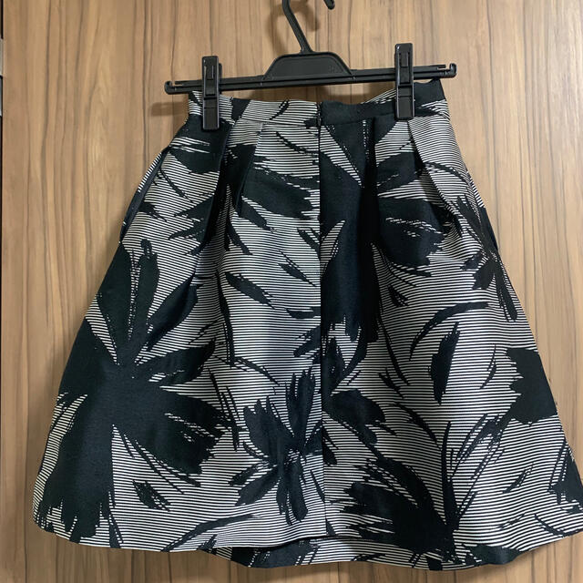 FRAY I.D(フレイアイディー)のフレイアイディー スカート レディースのスカート(ひざ丈スカート)の商品写真