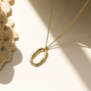 ローリーズファーム(LOWRYS FARM)の変形 オーバル ネックレス ゴールド(ネックレス)