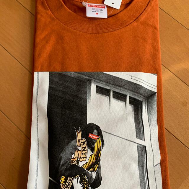 Supreme(シュプリーム)の【Mサイズ】Supreme Anti Hero Balcony Tee メンズのトップス(Tシャツ/カットソー(半袖/袖なし))の商品写真