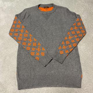 ルイヴィトン(LOUIS VUITTON)のメンズ レディース 両方OK LV ロゴ ニット グレー オレンジ 冬ニット (ニット/セーター)