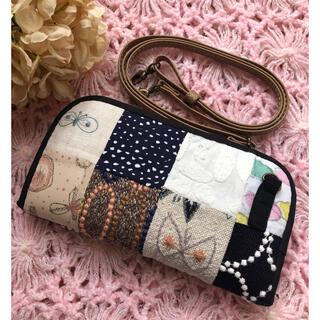 handmade *:.。⚮̈ミナペルホネン⡔⚮ラウンドファスナー長財布