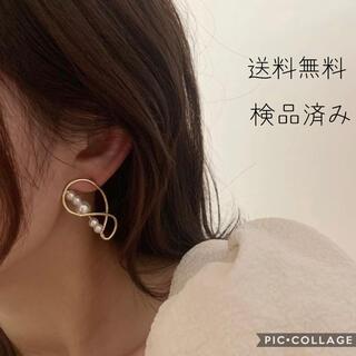 ミラオーウェン(Mila Owen)の真珠ピアス ゴールド 韓国 おしゃれ トレンド(ピアス)