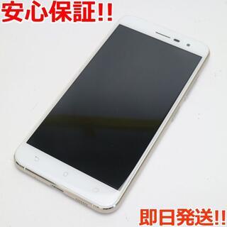 エイスース(ASUS)の美品 SIMフリー zenfone 3 ZE520KL ホワイト (スマートフォン本体)