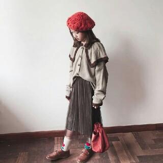 ミュウミュウ(miumiu)のMiumiu  ニットのセーター+半身のスカート   スーツ(スカート)