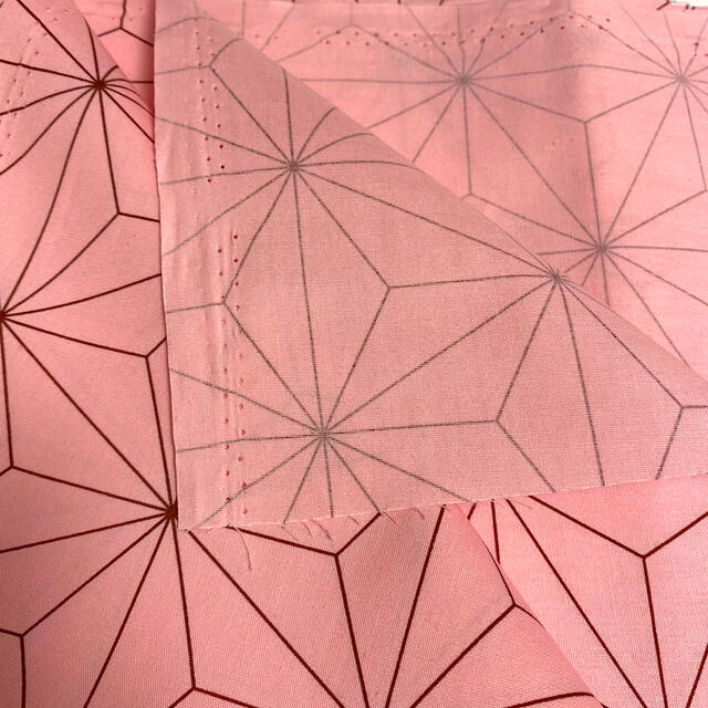 鬼滅の刃 生地 ハギレ 麻の葉 禰󠄀豆子 ハンドメイド ハンドメイドの素材/材料(生地/糸)の商品写真
