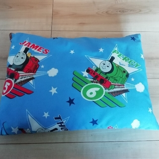 ニシカワ(西川)の【未使用】子供用 トーマス枕 まくら子供用のお布団セットの『まくら』のみです(枕)