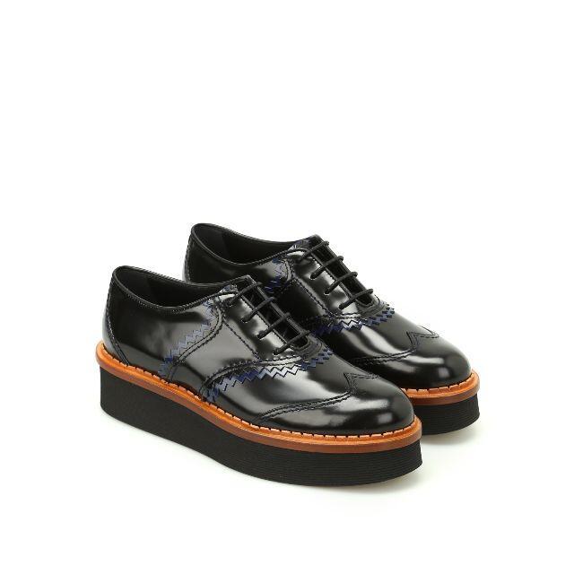 TOD'S(トッズ)のトッズ レースアップシューズ ブラック36 レディースの靴/シューズ(ローファー/革靴)の商品写真