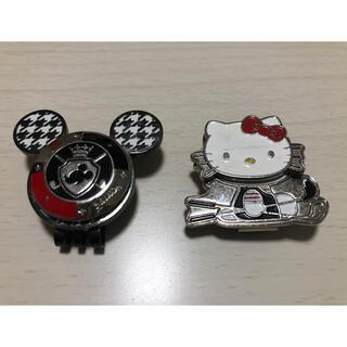 ディズニー(Disney)のミッキーマウス&ハローキティ キャップクリップ2個セット(その他)