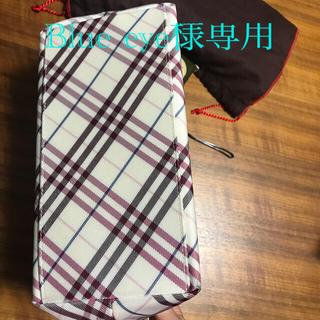 バーバリーブルーレーベル(BURBERRY BLUE LABEL)のバーバリーブルーレーベル チェックのトートバッグ  白ピンク(トートバッグ)