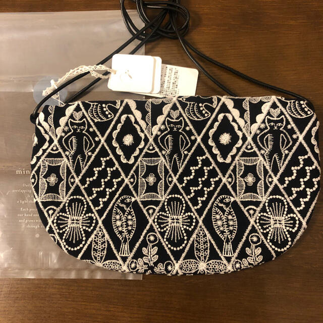 mina perhonen(ミナペルホネン)のミナペルホネン クッペバック シンフォニー ネイビー レディースのバッグ(ショルダーバッグ)の商品写真