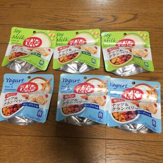 ネスレ(Nestle)のキットカット ナッツ&クランベリー 36g 6袋セット 新品(菓子/デザート)