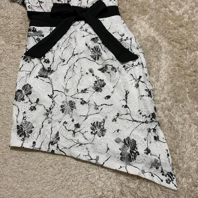 JEWELS(ジュエルズ)のJEWELS 総レース花柄ミニドレス アシメ レディースのフォーマル/ドレス(ナイトドレス)の商品写真