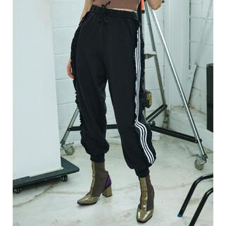 adidas - Juemi adidas FRILL TRACK PANTS