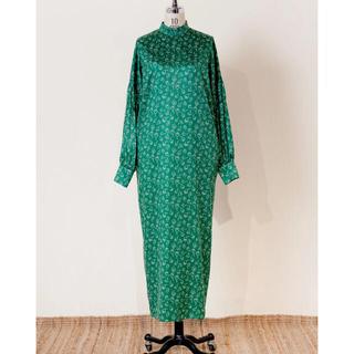ステュディオス(STUDIOUS)のRELDI  DOUBLE GHATHER SLEEVE DRESS green(ロングワンピース/マキシワンピース)