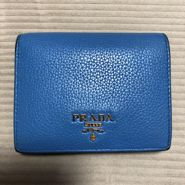 PRADA(プラダ)のPRADA財布 レディースのファッション小物(財布)の商品写真