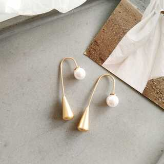 KBF - #677 import : pearlhook gold