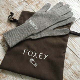 フォクシー(FOXEY)のPaprika様専用⭐︎フォクシー  カシミヤ 手袋(手袋)