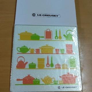 ルクルーゼ(LE CREUSET)のル・クルーゼ ガラスキッチンプレート(収納/キッチン雑貨)