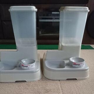 アイリスオーヤマ(アイリスオーヤマ)の2個セット ペット 食器 自動エサ給水  アイリスオーヤマ(犬)