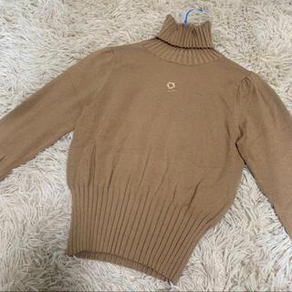 M'S GRACY - エムズグレイシー ワンポイント 刺繍 リブタートルネック ニット セーター