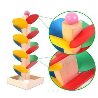 知育玩具  モンテッソーリ ボール 玉おとし  木製  木のおもちゃ  カラフル
