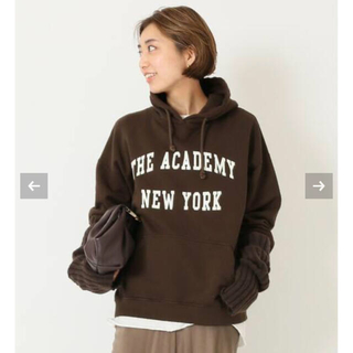 DEUXIEME CLASSE - THE ACADEMY NEWYORK/ザ アカデミー ニューヨーク フーディー