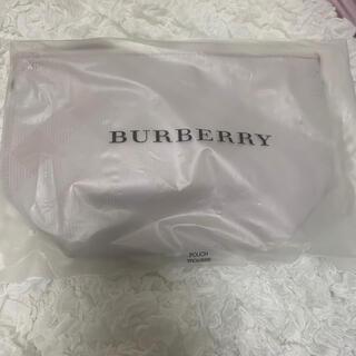 バーバリー(BURBERRY)のBurberry ポーチ 新品未使用(ポーチ)