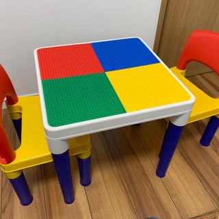 LEGOテーブル イス2脚付き