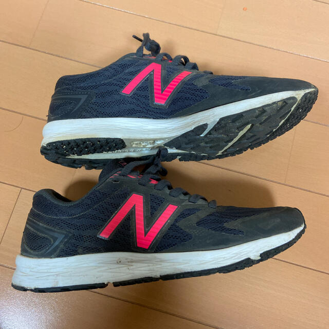 New Balance(ニューバランス)のニューバランス ランニングシューズ 23.5 レディースの靴/シューズ(スニーカー)の商品写真