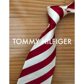 トミーヒルフィガー(TOMMY HILFIGER)の美品 トミーヒルフィガー レッド×オフWストライプ(ネクタイ)