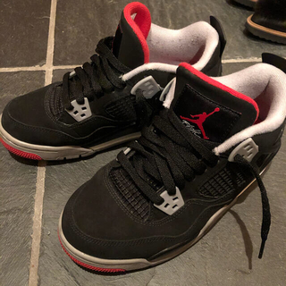 NIKE - AIR JORDAN 4 RETRO (GS) BRED 5Y 23.5cm