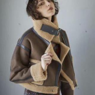 アリシアスタン(ALEXIA STAM)のSeam Tape Short Mouton Jacket(ムートンコート)