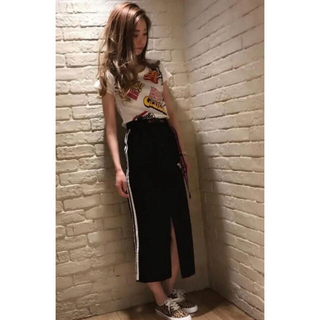 HYSTERIC GLAMOUR - HYSTERIC GLAMOUR ADIOSプリントサイドラインデニムスカート