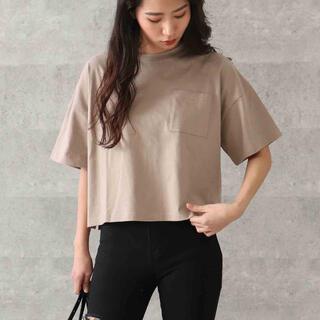アナップ(ANAP)のANAP 胸ポケット クロップドTシャツ ベージュ シンプル FREE(Tシャツ(半袖/袖なし))