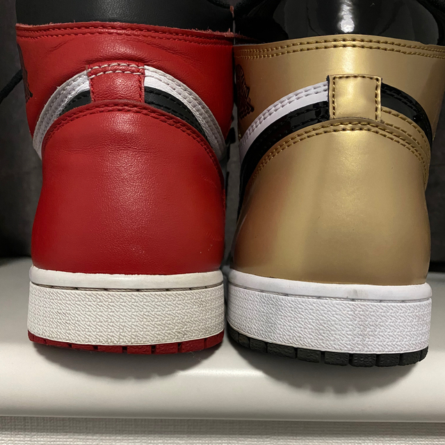 NIKE(ナイキ)のNIKE 2015年 AIR JORDAN 1 HIGH OG CHICAGO メンズの靴/シューズ(スニーカー)の商品写真