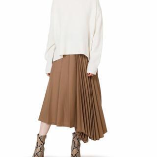 ルシェルブルー(LE CIEL BLEU)のアシンメトリープリーツスカート キャメル(ロングスカート)
