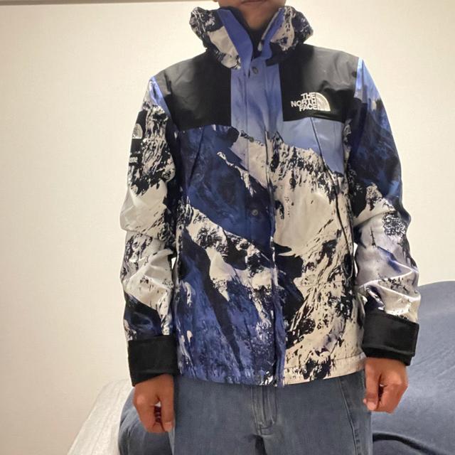 Supreme(シュプリーム)の美中古S supreme north雪山 マウンテンパーカー メンズのジャケット/アウター(マウンテンパーカー)の商品写真