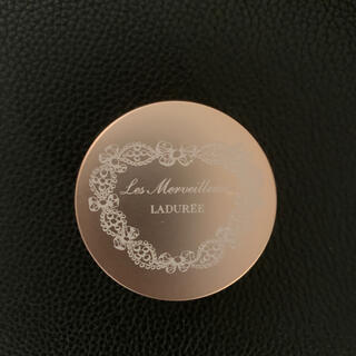 レメルヴェイユーズラデュレ(Les Merveilleuses LADUREE)のラデュレ パウダー チーク カラー 02(チーク)