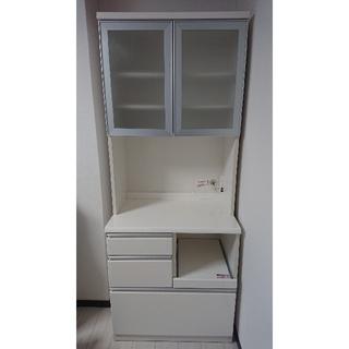 ニトリ(ニトリ)のキッチンボード(幅80センチ)   地震時自動ロック機能あり(キッチン収納)