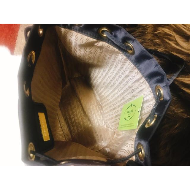 PRADA(プラダ)のりるさま専用ページPRADA ノベルティ巾着ポーチ ブラックbig size レディースのファッション小物(ポーチ)の商品写真