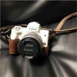Canon - 【新品同様】Canon EOS KISS M レンズキット ホワイト
