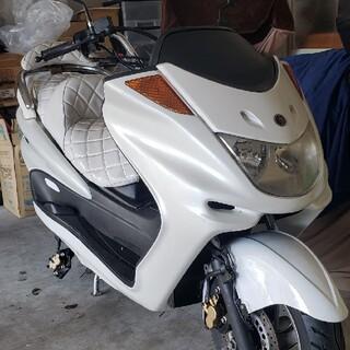 ヤマハ(ヤマハ)のYAMAHA マジェスティ250 SG03J 白外装セット(パーツ)