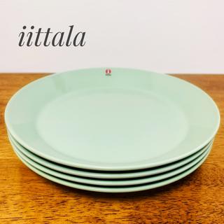 イッタラ(iittala)の【新品】廃盤色 イッタラティーマ 21cmプレート セラドングリーン(食器)