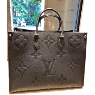 LOUIS VUITTON - ルイヴィトン★期間限定販売♪オンザゴー GM★