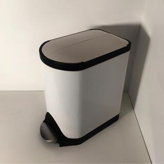 ACTUS - シンプルヒューマン バタフライステップ ダストボックス ゴミ箱 20L 白