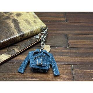 超小さい!高級素材ゾウ革の親指ライダースジャケット(キーホルダー/ストラップ)