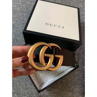 Gucci - GUCCI ベルト ダブルGバックル レザーベルト