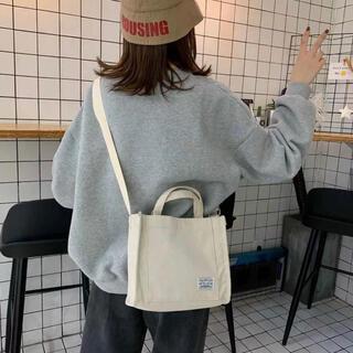 ディーホリック(dholic)の当日発送可能❤韓国ファッションベージュコーデュロイサコッシュ(トートバッグ)